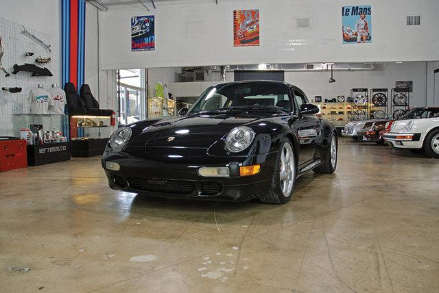 Used-1997-Porsche-993-C4S-Black-on-Black-993-C4S