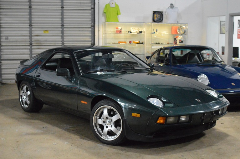 Used Used 1983 Porsche 928 Coupe for sale $29,928 at Vertex Auto Group in Miami FL