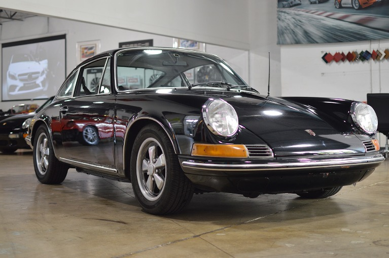 Used Used 1969 Porsche 912 for sale $40,912 at Vertex Auto Group in Miami FL